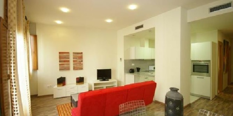 2-bedroom Valencia El Carme with kitchen for 8 persons